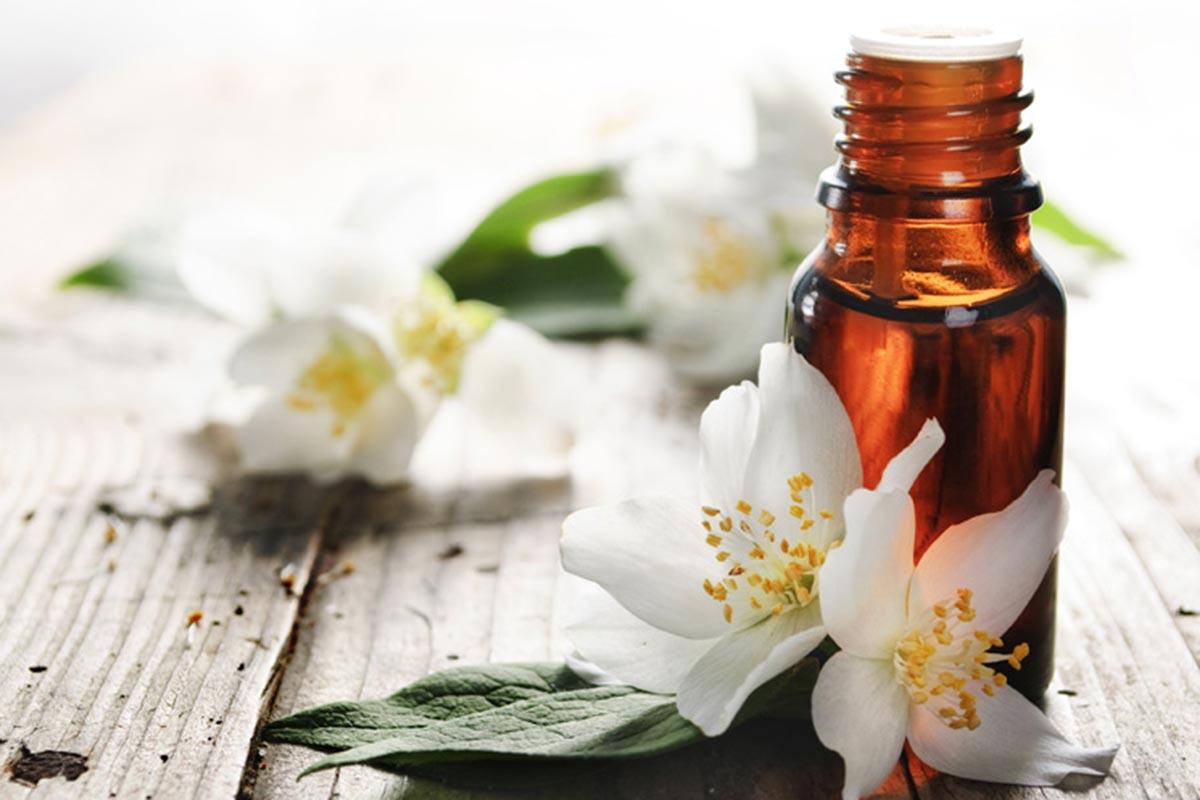 Aromatherapy massage in Watford